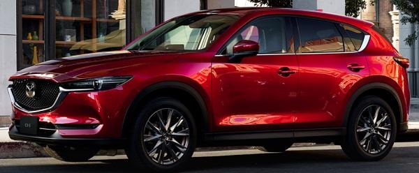 マツダCX5 赤い車